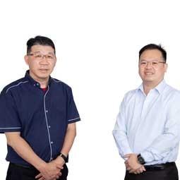 Professor Ts Dr Ooi Keng Boon and Associate Professor Dr Garry Tan Wei Han